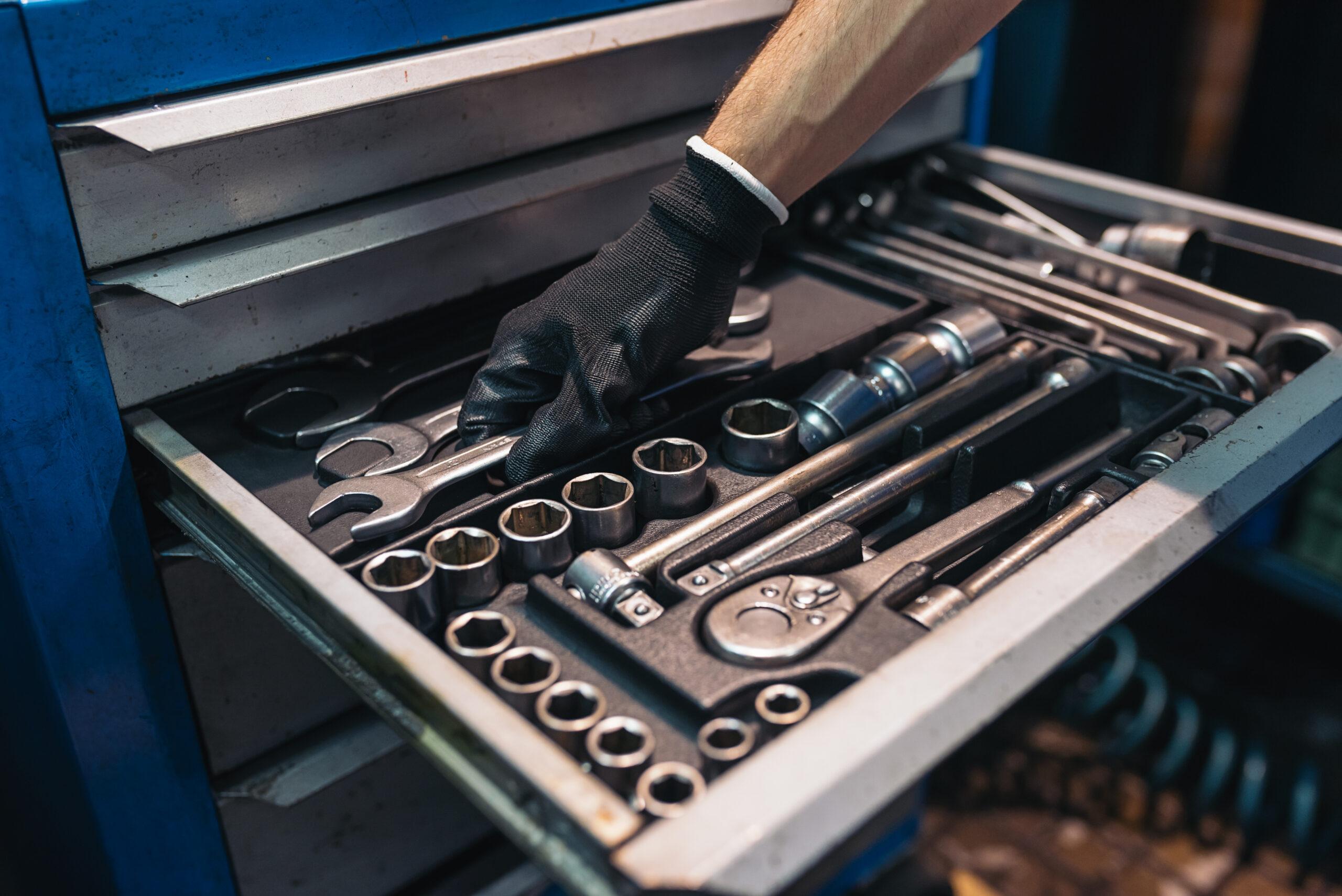 trades storage of tools